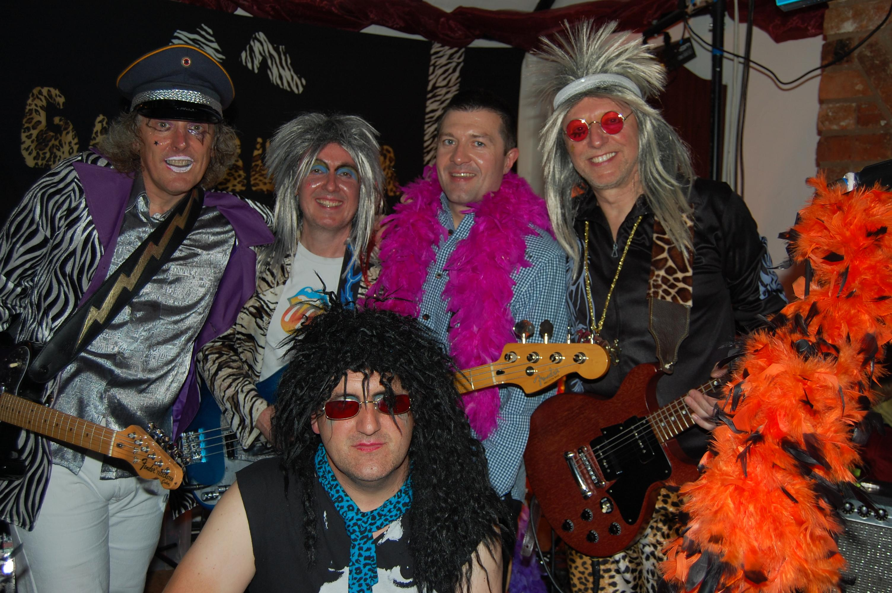 Glamrock party night raised £400 for Le