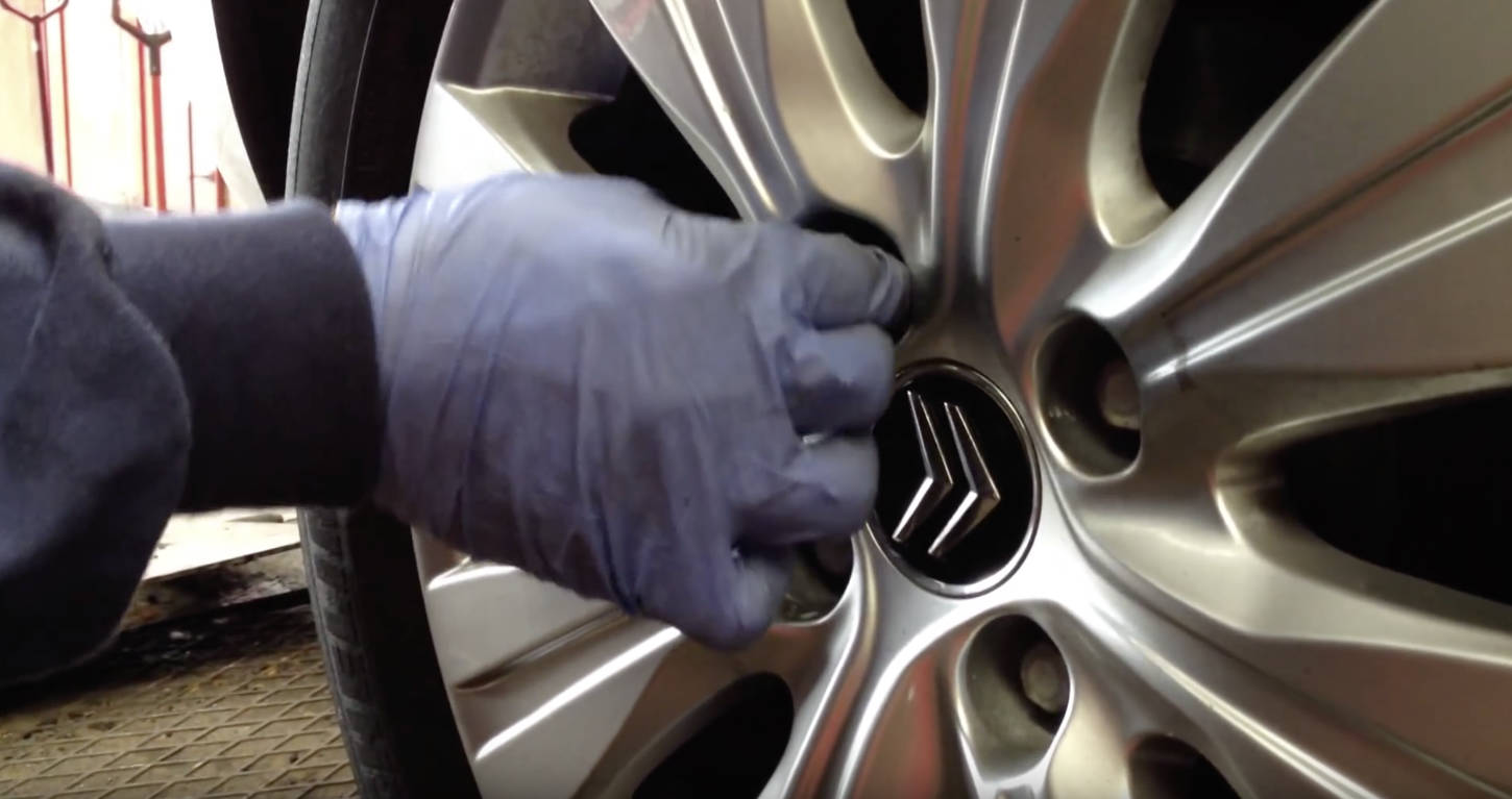 Locking Wheel Nut Removal